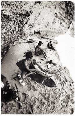 Gerry Lopez and Bert Barkson, Uluwatu cave, 1977. Photo: Dick Hoole.